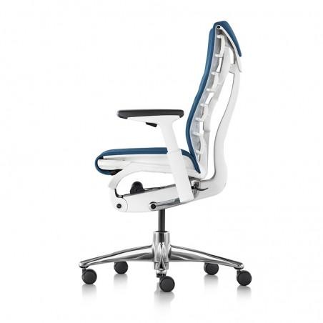 Chaise de bureau ergonomique embody, coloris bleu type GROTTO vue de profil